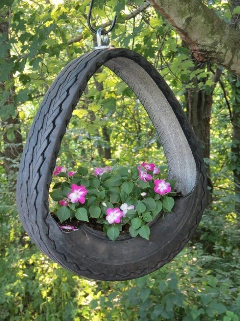 Hang Tire Planters