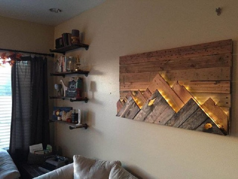 Wooden Pallet Lighting Wall