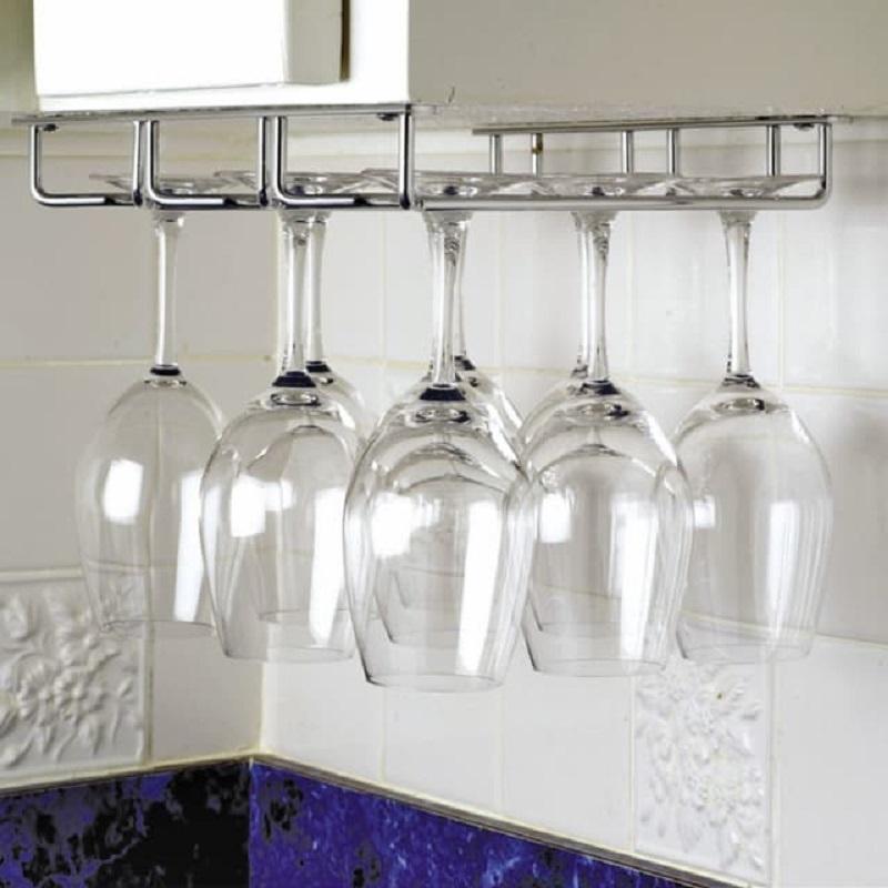 Wine Glasses Hanging