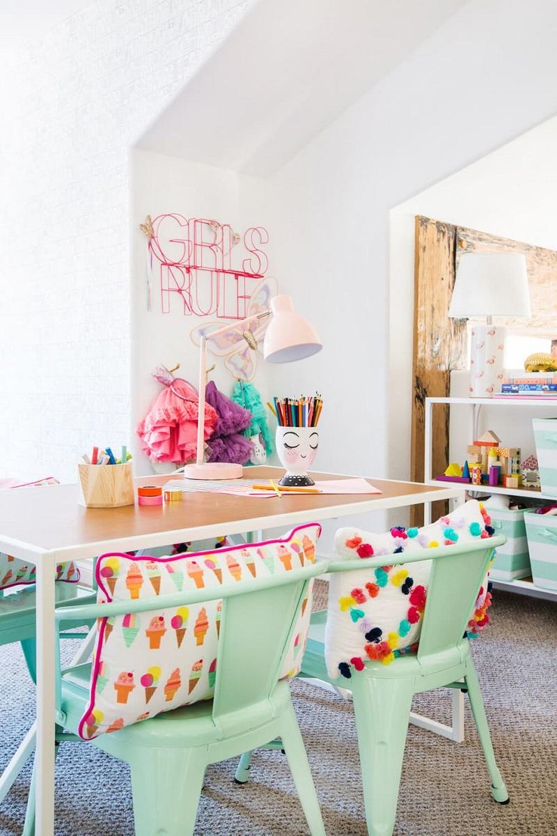 Set Up A Craft Station