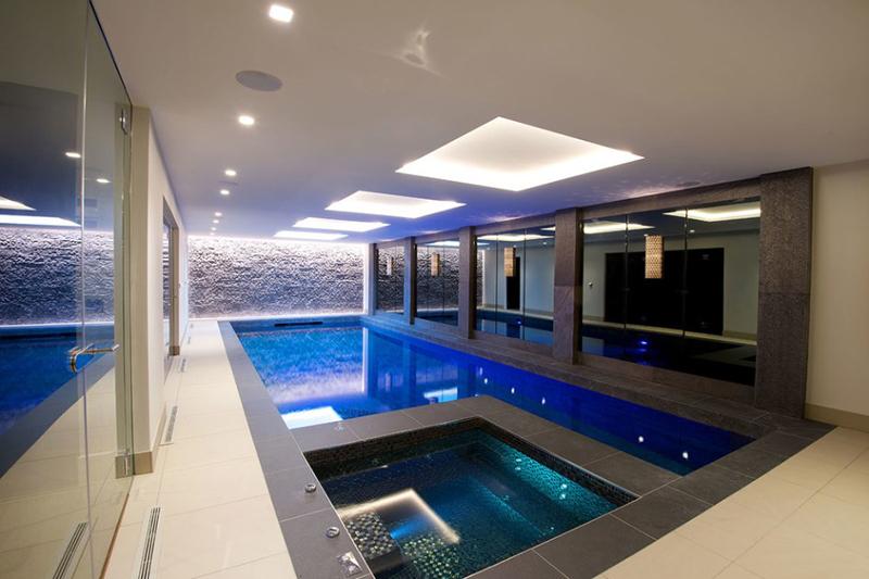 Jacuzzi With Indoor Pool