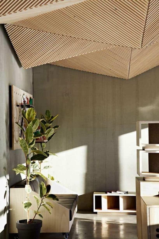 Spectacular Geometric Ceiling