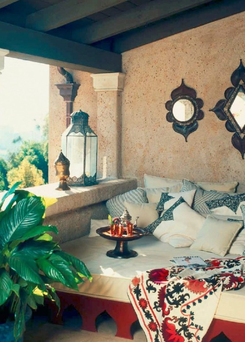 A Welcoming Moroccan Patio