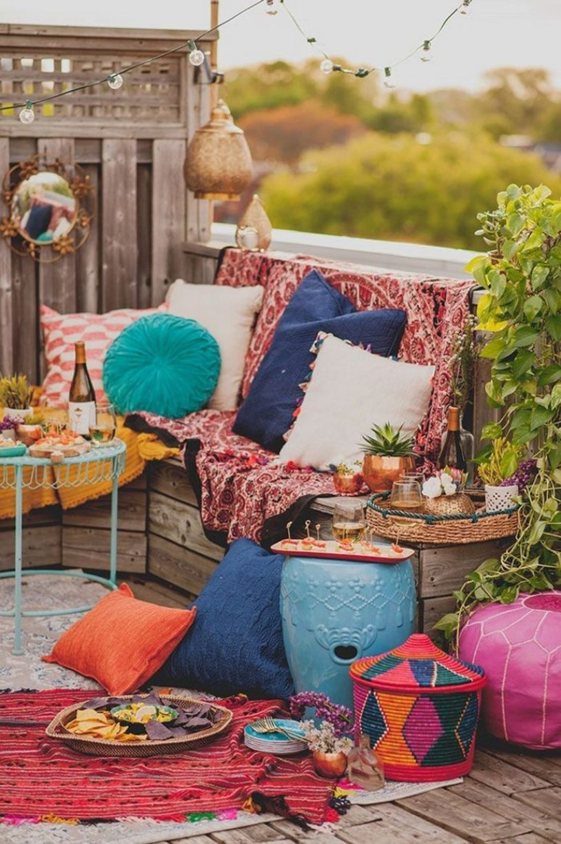 Super Colorful Moroccan Patio