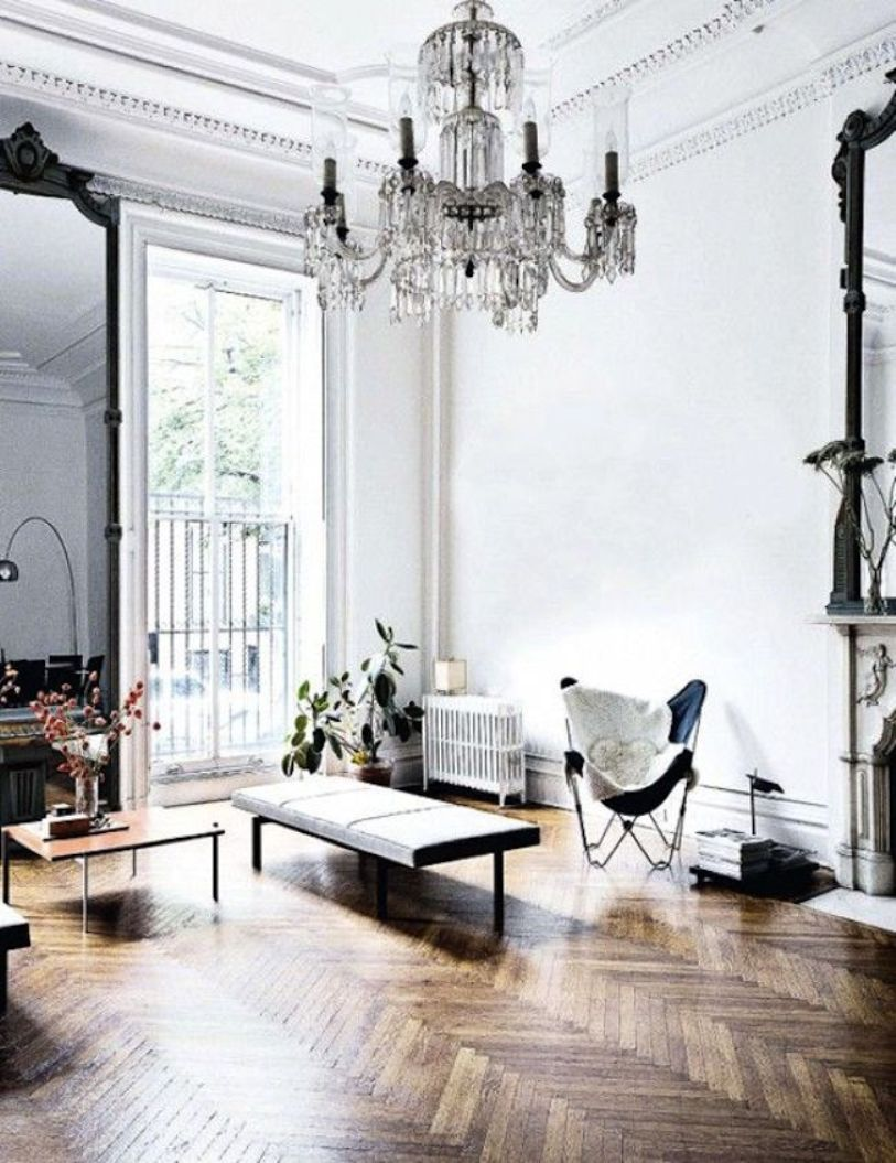 Make Chandelier As The Focal Point