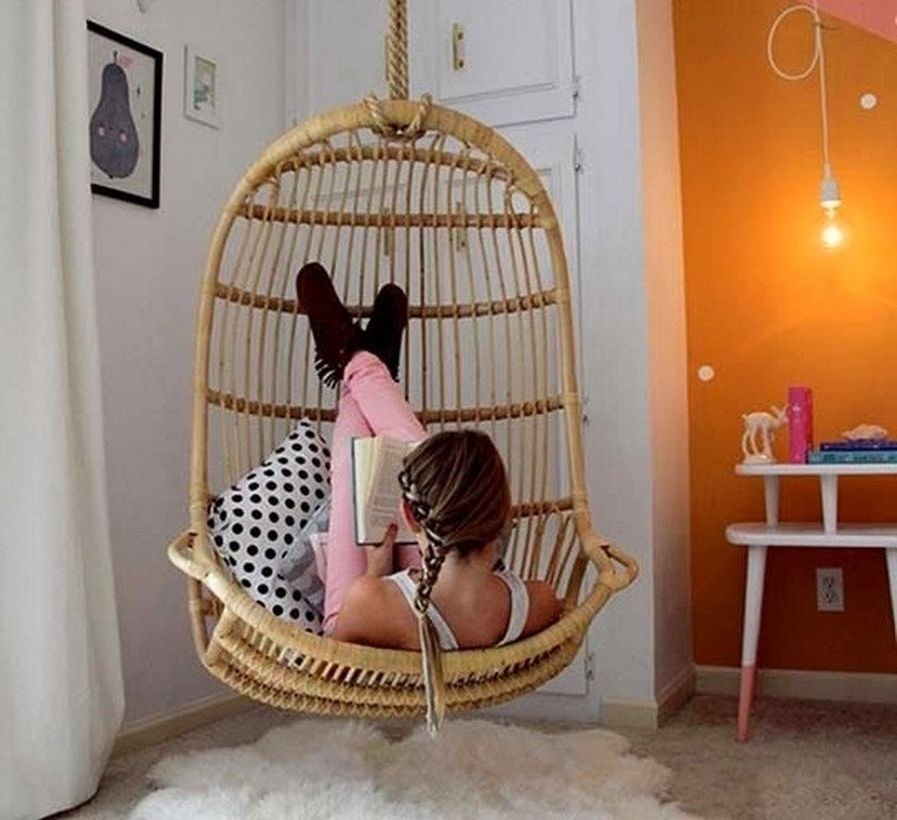 20 comfortable hanging chairs for your lounging this fall