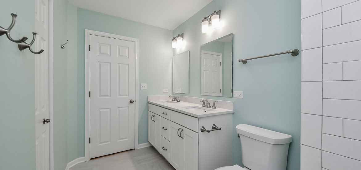 optimize your small bathroom with these 5 easy tricks