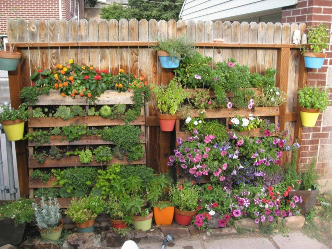 21 Pretty Creative Outdoor Planter Ideas For Your Garden Talkdecor