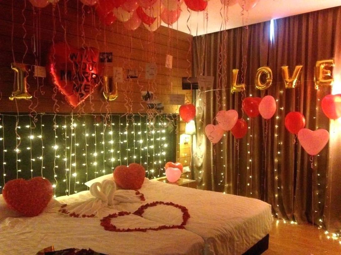 21 Ideas To Create Romantic Valentine Bedroom Decoration Talkdecor