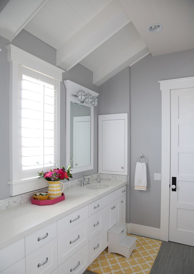 15 Bathroom Color Schemes That Are Relaxing - Talkdecor