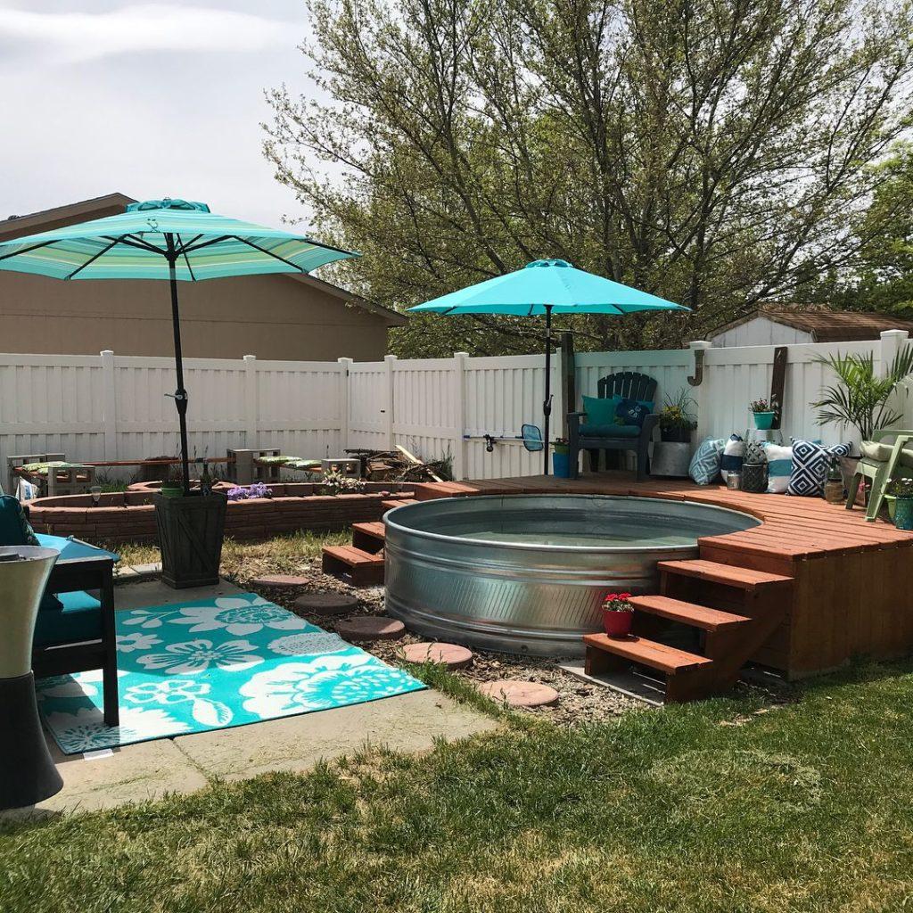 16 Simple and Cheap DIY Backyard Garden Ideas - Talkdecor